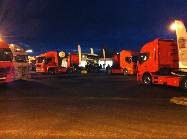 promenade aux 24h camion 2013 domage trop froid (stande IVECO)