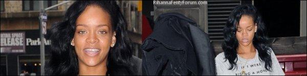 Rihanna dans les rues de New-York le 01/05/12