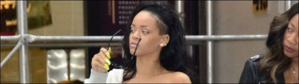 Rihanna dans les rues de New York 11/06/12