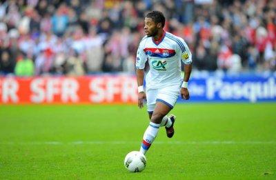 Lyon : Bastos partira pour un trés gros