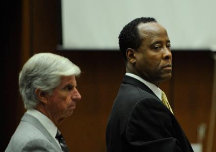 Conrad Murray:  il est condamné à 4 ans de prison ferme !