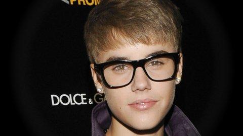 Justin Bieber:  Élu l'artiste musical le plus surrestimé de 2011.