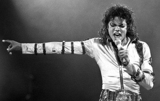 Michael Jackson: Il donne une interview depuis l'Au-delà a un médium...français