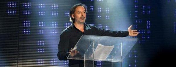 """Christophe Alévêque: """"Super Rebelle""""est un candidat virtuel"""