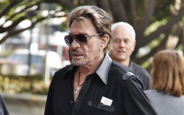 Johnny Hallyday: Il ne poursuit plus le Docteur Delajoux