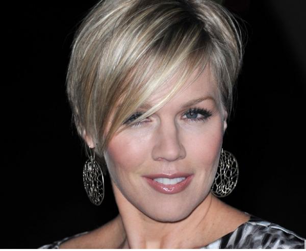 Jennifer Garth: La star de Beverly Hills 90210 divorce après 11 ans de mariage