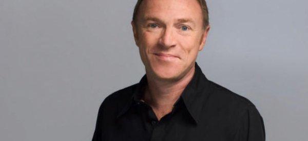 Après Hanouna et Ferrari, Canal+ devrait recruter Christophe Hondelatte pour Direct 8!