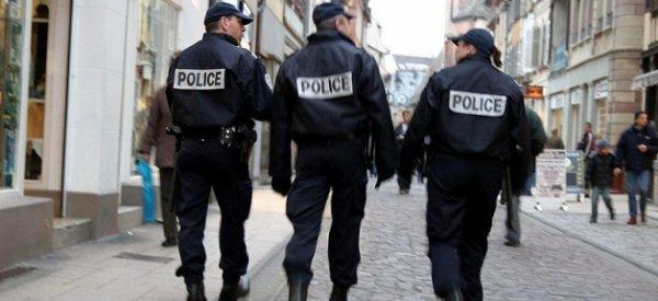 Le Pen /Mélenchon: Incident dans un bureau de vote - Les forces de l'ordre interviennent