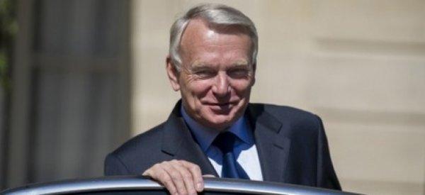 Jean-Marc Ayrault a remis la démission du gouvernement à François Hollande