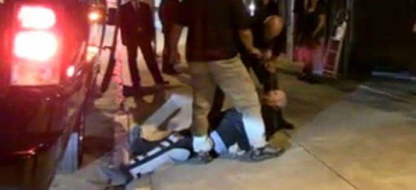 Les gardes du corps de Priscilla Presley plaquent violemment un fan à terre
