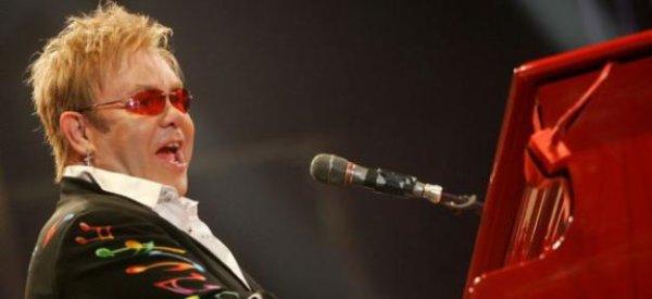 Elton John sera décoré ce week-end en Pologne