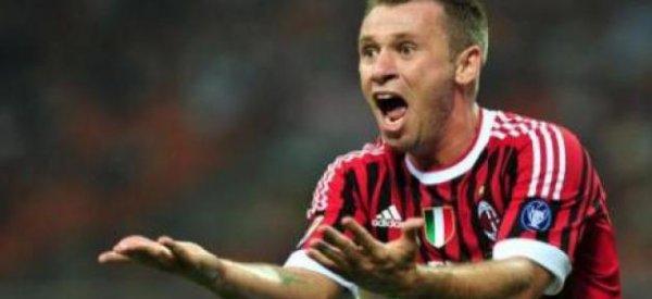 Le footballeur italien Antonio Cassano sanctionné par l'UEFA pour homophobie