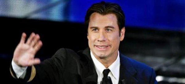 La fille de Quincy Jones s'excuse au près de John Travolta pour lui avoir demandé de reconnaitre son homosexualité