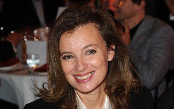 Valérie Trierweiler : Après une chanteuse, une présentatrice télé à l'Élysée