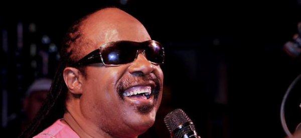 Stevie Wonder : Il va chanter pour Obama lors d'une réunion de levée de fonds