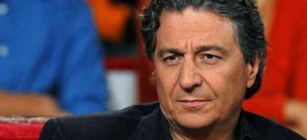 """Christian Clavier : Il s'installe à Londres en raison des """"attaques"""" sur son amitié avec Nicolas Sarkozy"""