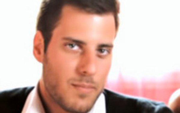 Carré Viiip : Selon Zarko, ex Secret Stroy, le show s'est arrété suite à une descente de la brigade des stups