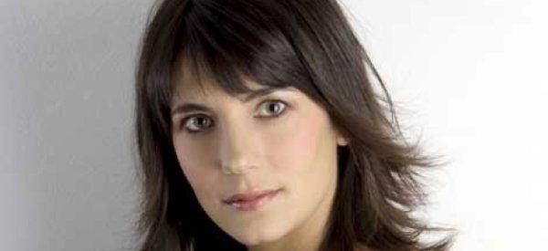 Estelle Denis : Elle débarque sur TF1 le 19 janvier, avec une spécial...  Jean-Jaques Goldman