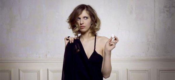 Amandine Bourgeois : La gagnante de la Nouvelle Star en 2006 représentera la France à l'Eurovision  2013