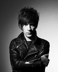 "Indochine: L'album ""Black City Parade"" se classe numéro 1 des ventes"