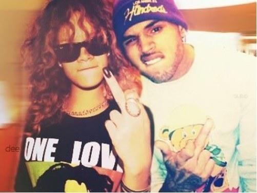 Rihanna: L'annonce de son mariage avec Chris Brown fait trembler ses fans