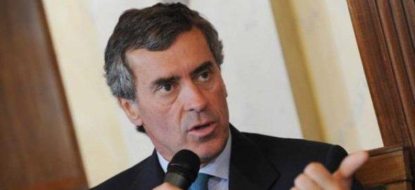 Jérôme Cahuzac: Il a démissionné de son mandat de député