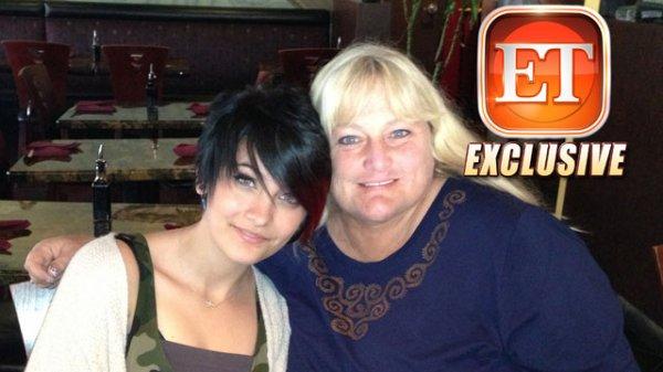 -Photo- Michael Jackson: Découvrez la photo de sa fille Paris Jackson avec sa mère Debbie Rowe