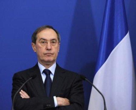"""Compte de Claude Guéant: L'ancien ministre évoque des primes """"pas déclarées"""""""