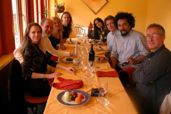 """Dieudonné: Découvrez sa photo avec RAEL, le créateure fondateur et leader du mouvement raëlien """"et amis des Elohims"""""""
