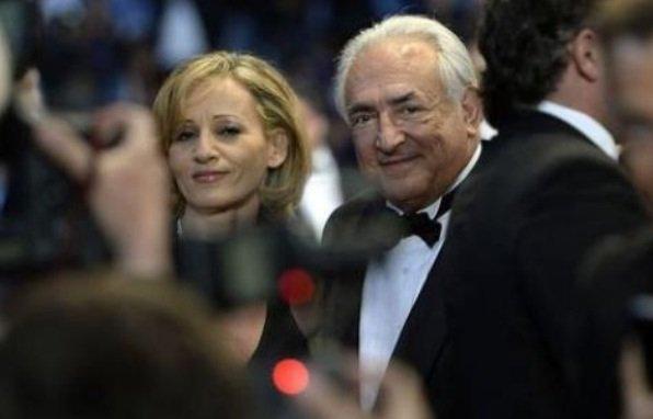 Cannes 2013: DSK super star pour une monter des marches surprise et surprenante ...