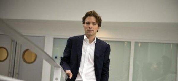 Stéphane Bern: Il révèle l'homosexualité d'un responsable de l'UMP chez Ardisson sur Canal+