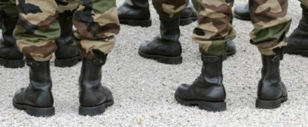 Une revue militaire appelle les hauts-gradés de l'armée française à un coup d'Etat en France