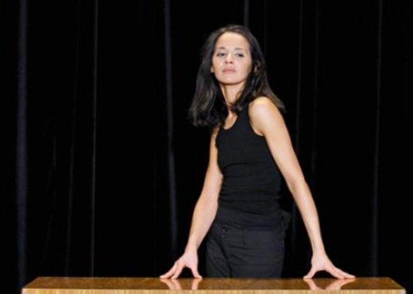 Sophia Aram: L'humoriste a acceptée de présenter le 18h00 de France 2