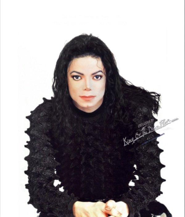 """Michael Jackson: Il pensait que le rythme des répétitions de son dernier spectacle allait le """"tuer"""", selon son fils"""