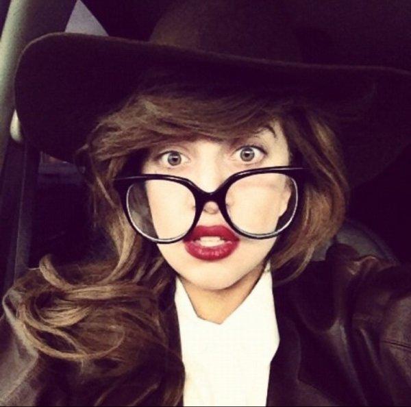 Lady Gaga: La star met en stand- by son compte twitter !!!
