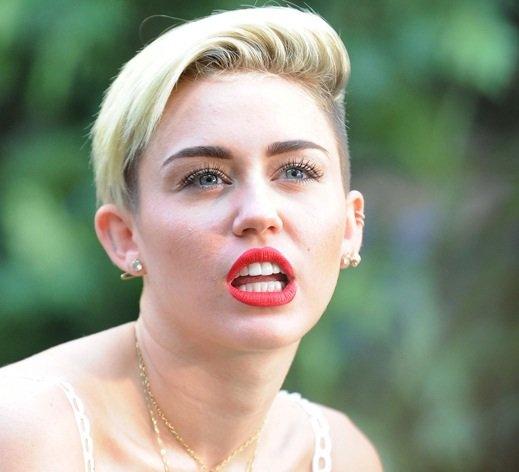 Miley Cyrus: Elle conseil à Justin Bieber de se faire oublier quelques temps !