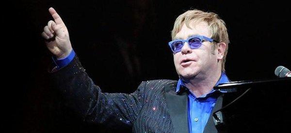 Elton John: Il soutient ex 9 candidats d'American Idol USA qui portent plainte pour racisme contre la production
