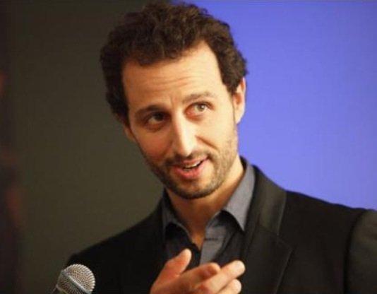 """Gad Elmaleh: Son frère, Arié, devrait intégrer """"Le Grand Journal"""""""