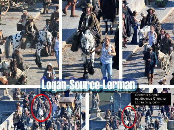 Nouvelle photos du film Les Trois Mousquetaires qui date du 24 septembre. On voit le beau Logan sur un cheval blanc. Ouh la la! Bref, on voit beaucoup Logan sur les photos, et on est très satisfaites, n'est-ce pas?   Article fait par Vicky