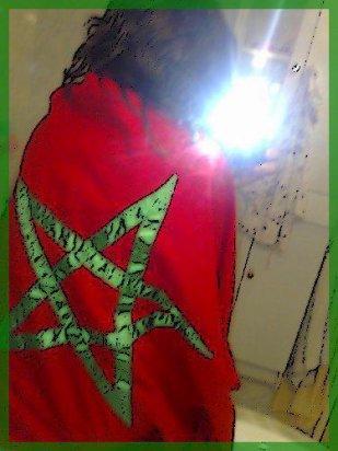 Je vois ma vie en Vert et en Rouge... Hey oui viens pas tester les Marocain(e)s, c'est du lourd