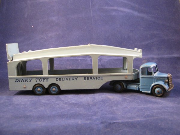 BEDFORD DINKY TOYS