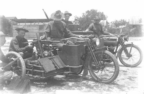 Moto Militaire
