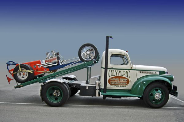 HOT ROD & DRAGSTER