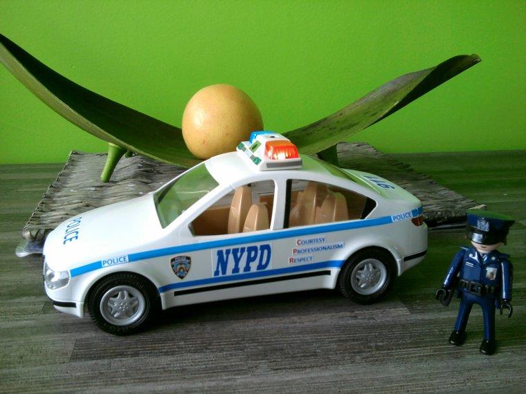 Voiture de police nypd playmobil passion - Image de voiture de police ...