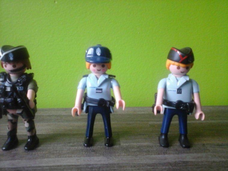 gendarmes playmobil