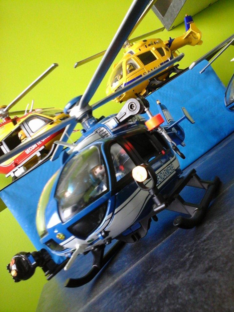 hélicoptères de secours