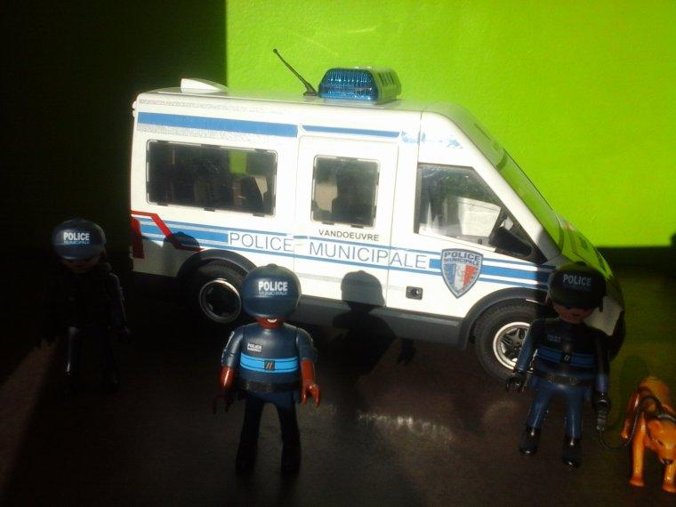 fourgon police municipale