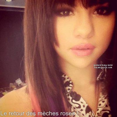 * 29/09/2011 : Selena était accompagnée d'une amie au restaurant « IHOP » (Studio City, California)  *