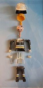 Les Playmobil : voici ce qu'ils ont dans le ventre !