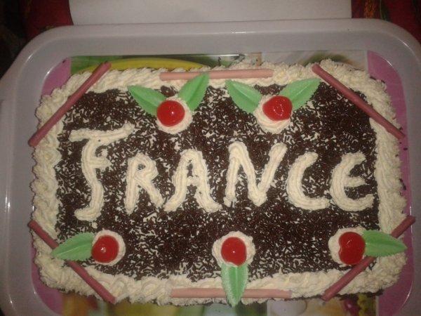 gâteau forêt noire pour l'anif de mon amie